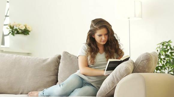 Expertos recomiendan convertir la lectura en un hábito.
