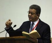 Leonel Fernández fue presidente de Rep. Dominicana en los periodos 1996-200 y 2004-2012. Es además Doctor Honoris Causa de la Universidad de la Sorbona en París y posee una reconocida carrera como conferencista y profesor universitario. Foto: José Raúl Concepción/Cubadebate.