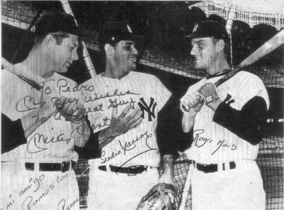 Pedro Ramos con Mickey Mantle y Roger Maris (1961).