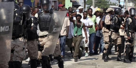 Protestas contra comicios presidenciales en Haití. Foto tomada de www.metrord.do