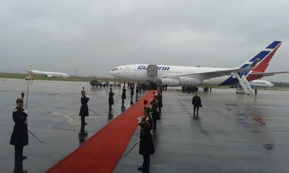 Raúl llega a francia 30 enero 2016 1