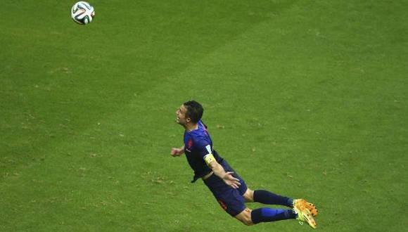 Van Persie, protagonista de un espectacular gol en el mundial de Brasil 2014. (Foto de archivo del autor)