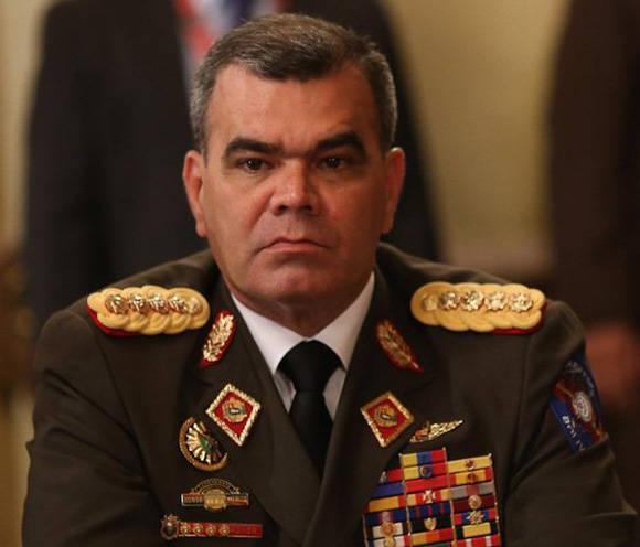 Vladimir Padrino López es ratificado como ministro de Defensa y jefe del Ceofanb. Foto:  @PresidencialVen.