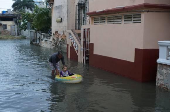 A mal tiempo buena cara. Foto: Rafael González Escalona/ Facebook