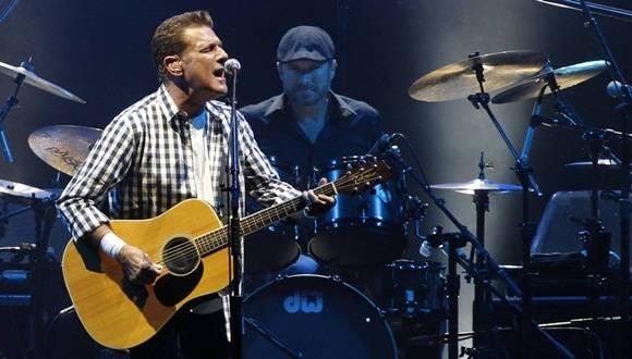 El miembro fundador de la exitosa banda de country-rock fallece en Nueva York.