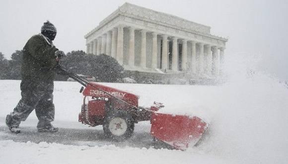 Como consecuencia de la tormenta, se declararon en emergencia 11 estados. Foto: EPA.
