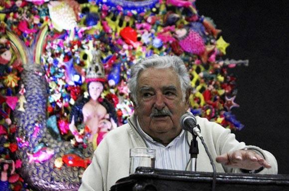 """Mujica en Casa de las Américas: """"Los ricos no entienden el significado de equilibrio"""""""