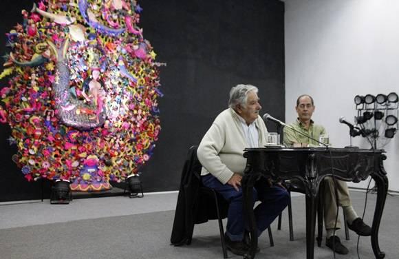 José Mujica en Casa de las Américas, Cuba. Foto: José Raúl Concepción/Cubadebate.