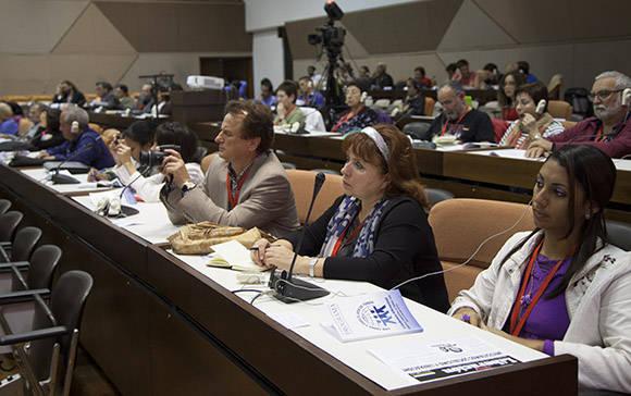 Se desarrollan Conferencias magistrales durante II Encuentro Internacional Con Todos y para el bien de todos. Foto: Ismael Francisco/ Cubadebate.
