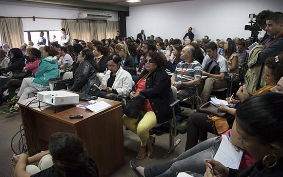 Estudiosos de la obra de Martí reunidos en el Palacio de Convenciones. Foto: Ismael Francisco/ Cubadebate.