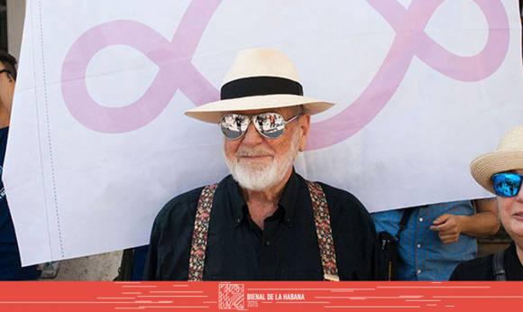 Michelangelo Pistoletto, uno de los artistas contemporáneos más reconocidos del mundo en la XII Bienal de La Habana. Foto tomada de la web de la Bienal.