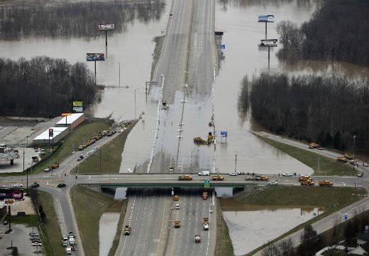 Los alrededores de San Luis son de los más afectados debido a que las lluvias se han dado en la confluencia de los ríos Mississipi y Missouri. Foto: AP