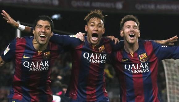 El diario francés L´Equipe eligió a los futbolistas Messi, Neymar y Suárez como los mejores de 2015. Foto: Reuters
