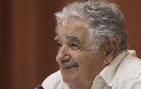Pepe Mujica en el Palacio de las Convenciones. Foto: Ismael Francisco/Cubadebate.