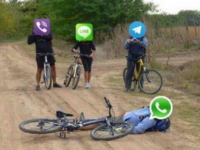 Whatsapp experimentó una caída durante el último día del año 2015.