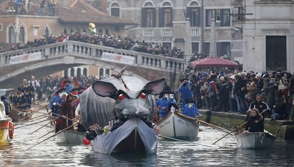 El Carnaval de Venecia comenzó hace siglos. Foto: AP