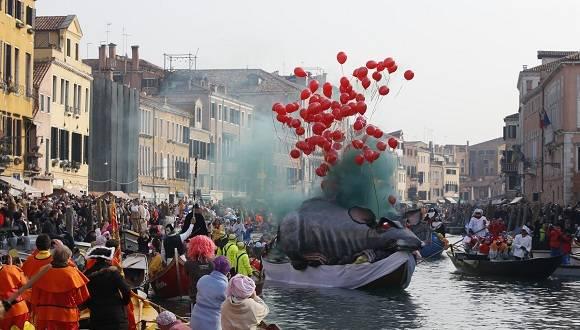 El Carnaval de Venecia es único en el mundo y su tradición se remonta al siglo XI. Foto: AP.
