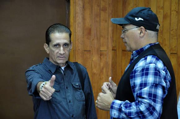 Churrisco le da la bienvenida a la prensa como invitado de honor. Foto: Roberto Garaicoa.