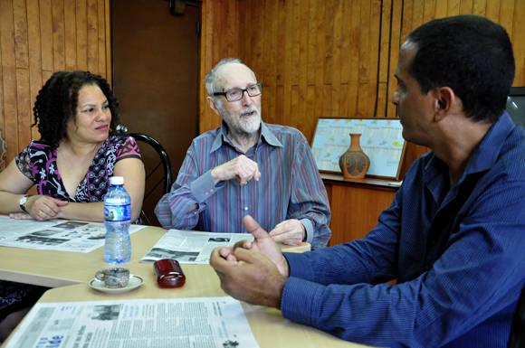 El dibujante español Andrés Vazquez de Sola. Foto: Roberto Garaicoa/Cubadebate.
