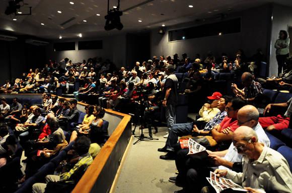 5 Asistentes a la conferencia. Foto. Roberto Garaicoa