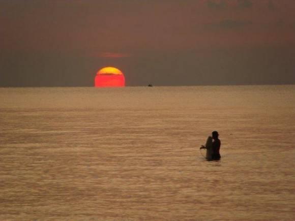 A la caída del Sol. Foto: Maria del Carmen / Cubadebate