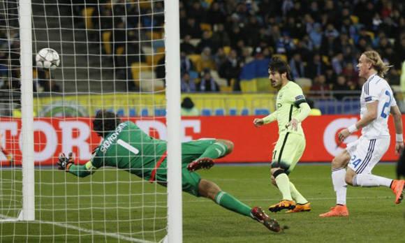 Así marcó Silva el 0-2 para el Manchester City en Kiev. Ha marcado en los dos últimos partidos de Champions. Foto tomada de Marca.