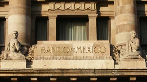 Firman acuerdo Banxico y Banco Central de Cuba
