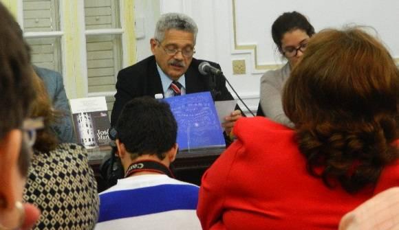 El doctor Pedro Pablo Rodríguez, quien trabajó en la compilación y seleccion de los textos que componen esta nueva edición. Foto: Susana Tesoro/ Cubadebate.