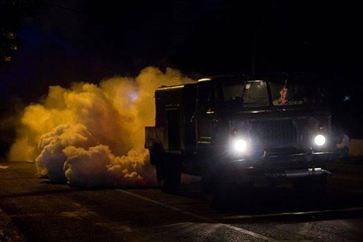 Miembros de las Fuerzas Armadas Revolucionarias trabajan en la prevención de virus como el zika y el dengue. Foto: Fernando Medina.