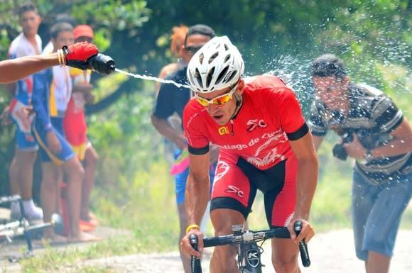 El matancero Vicente Sanabria mostró un ritmo impresionante en la subida. Foto: Ricardo López Hevia.
