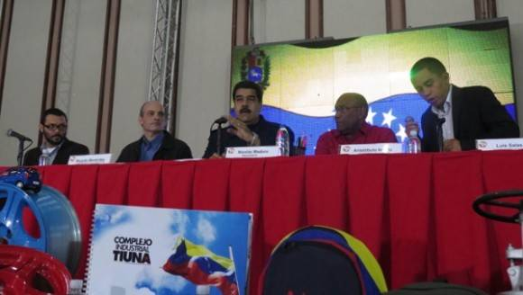 El presidente se encuentra en las instalaciones del hotel Alba Caracas en compañía de su gabinete. Foto: AVN.