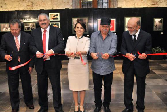 Presentan libro de Fidel en México. Foto tomada de Granma.