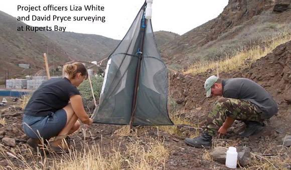 Liza durante su estancia en Santa Helena. Foto tomada de Daily Mail.