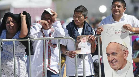El pueblo mexicano acogió con júbilo la visita del Papa Francisco. Foto: EFE.