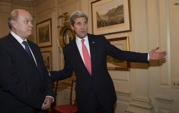 Malmierca y Kerry en el Departamento de Estado. Foto: Ismael Francisco/ Cuba