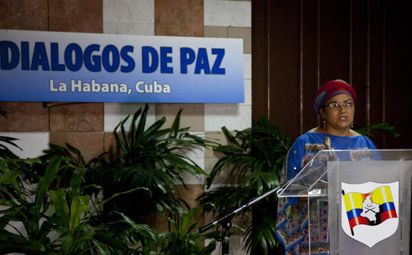 Victoria Sandino, miembro de la delegacion de paz de las FAR-EP. Foto: Ismael Francisco.