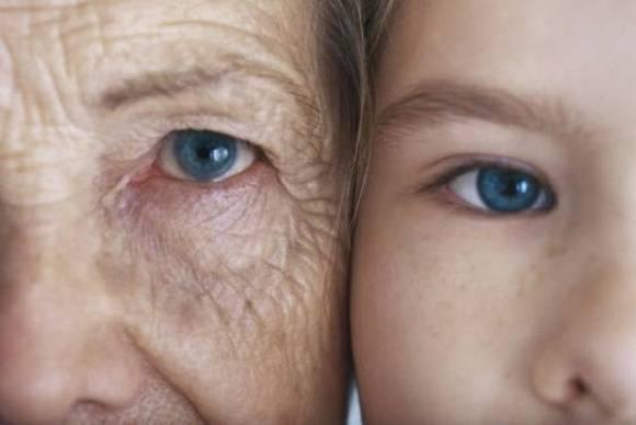 La razón principal por la que la piel se arruga con el envejecimiento es la disminución de la actividad de una enzima clave del metabolismo. Foto: Archivo.