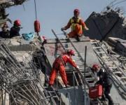 Rescatistas en Taiwan tras terremoto: Foto: AFP.