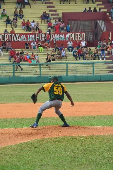 Vladimir Baños coqueteó con el perfecto, pero perdió el juego. Foto: Katheryn Felipe / Cubadebate