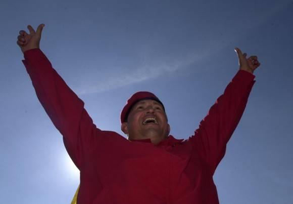 Chávez presente