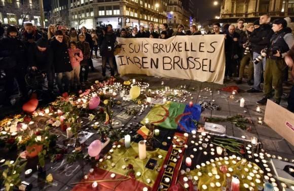 Homenaje a las víctimas de los atentados en Bruselas. Foto: AP.