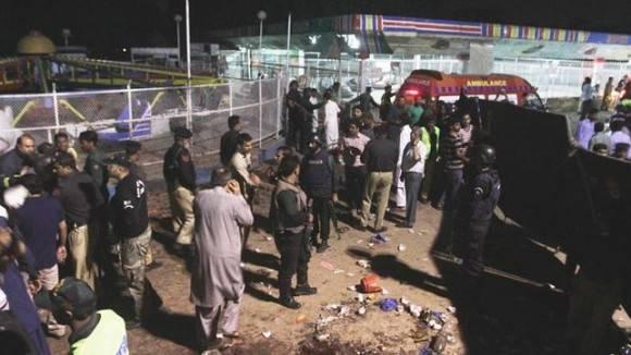 Imagen posterior al atentado en Paquistán. Foto tomada de eldiario.es.