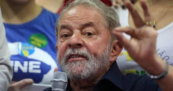 Brasil: Lula es ovacionado en manifestación en defensa de la democracia