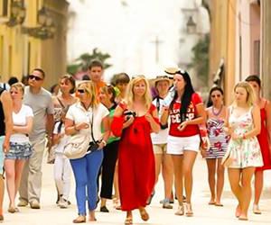 Destino Cuba: Más habitantes de San Diego visitan el país prohibido