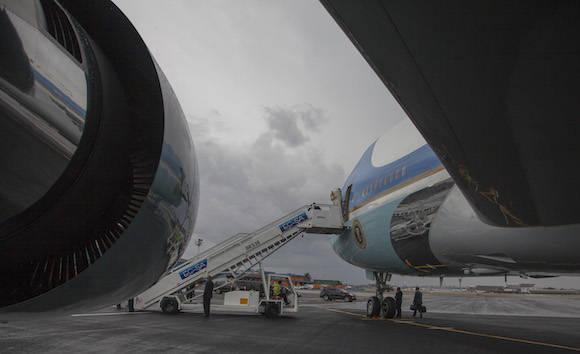 A la sombra del ala. Foto: Ismael Francisco/ Cubadebate