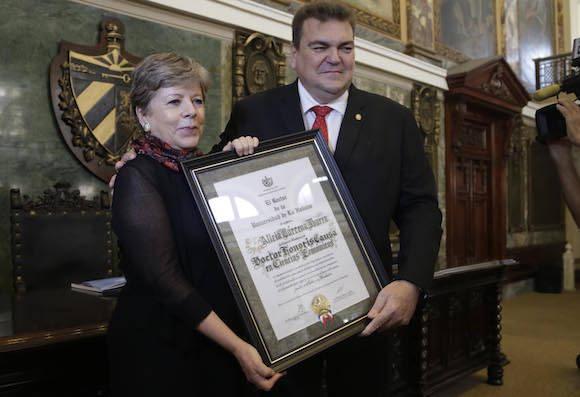 Honoris Causa para Alicia Bárcena, Secretaria Ejecutiva de la CEPAL