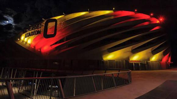 El estadio nacional de Hungría lució los colores belgas. Foto: Archivo