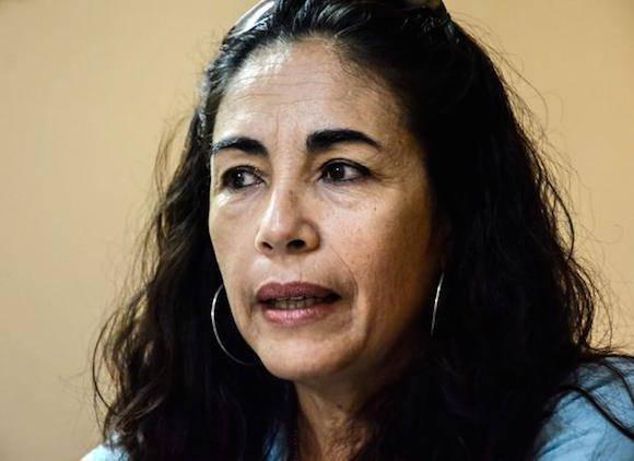 Mariela Mulet Hernández, jefa del Grupo Inversiones Prado, en declaraciones a la  Agencia Cubana de Noticias (ACN), en el Capitolio Nacional, en La Habana, Cuba, el 17 de marzo de 2016. Foto: Abel Padrón Padilla/ACN