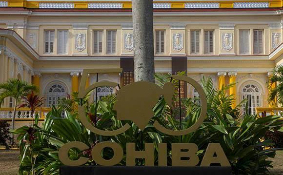 Recorrido por la fábrica de tabacos Cohíba. Festival del Habano 2016. Foto: Ismael Francisco/Cubadebate.
