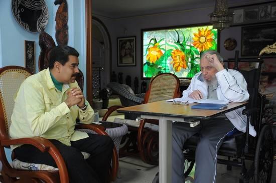 El Comandante en Jefe Fidel Castro Ruz sostuvo un amistoso encuentro este sábado con el Presidente de la República Bolivariana de Venezuela, Nicolás Maduro Moros, poco antes de concluir su visita oficial a Cuba. Foto: Alex Castro